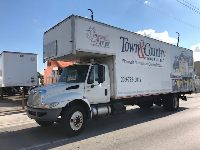 2005 INTERNATIONAL 4300 MOVING BOX TRUCK