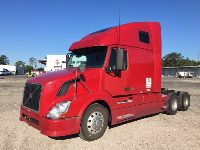 2008 VOLVO 670 SLEEPER TRUCK