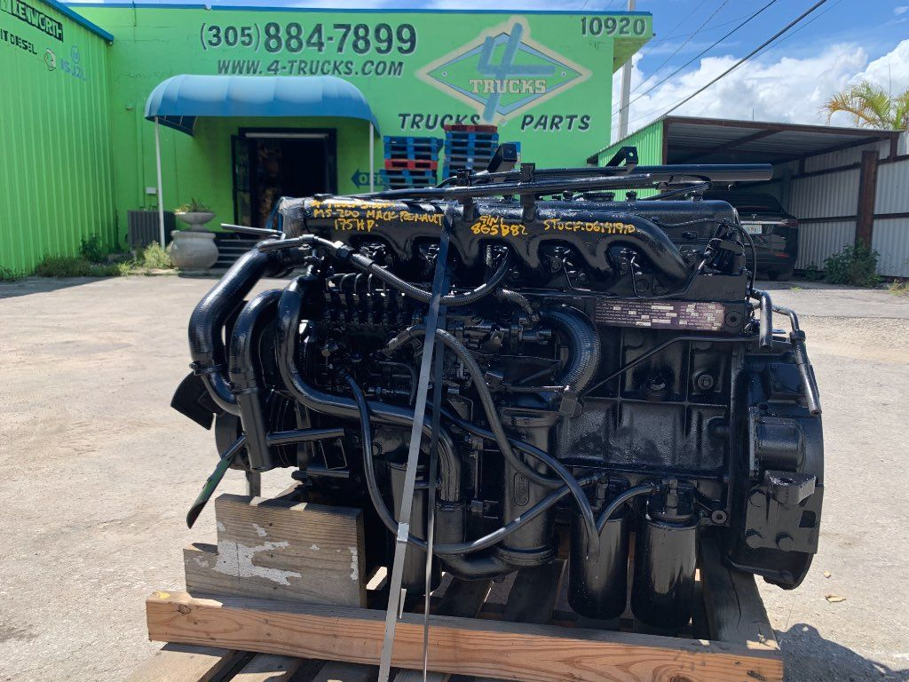 1981 MACK MS-200 ENGINES 175 HP , 158-06141910 - SN:865B82